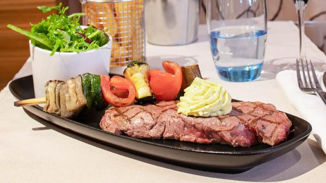 Suggestion de plat - Téséo, Warwick Geneva, Genève
