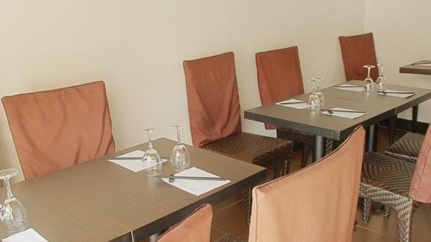 Salle du restaurant - Bomi, Toulouse