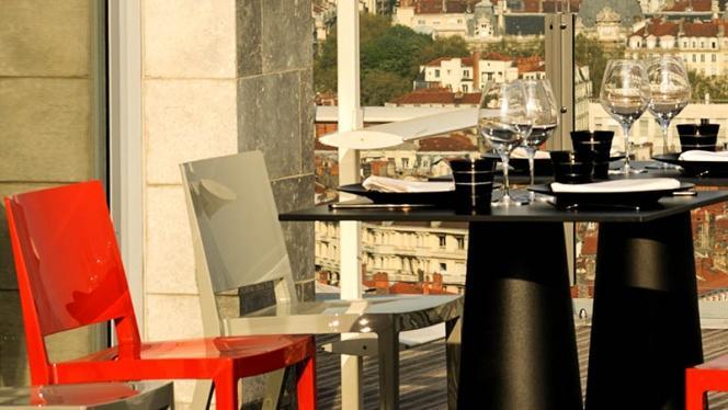 Vue table - La Terrasse de l'Antiquaille, Lyon-5E-Arrondissement