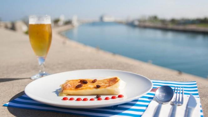Crujiente a los 4 quesos - Destino Puerto, Valencia