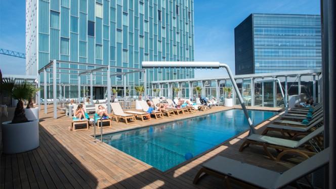 Le Pool - Hotel Meliá Barcelona Sky  3 - Le Pool - Meliá Barcelona Sky, Barcelona