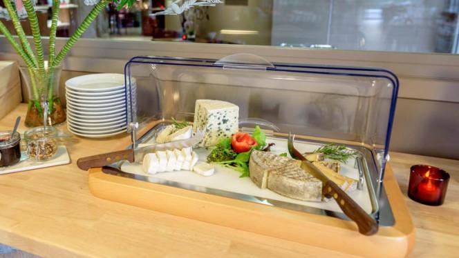 Buffet de fromages à volonté - Campanile Toulouse Ouest Purpan, Toulouse