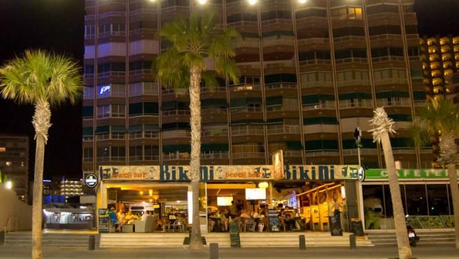 Vista terraza - Bikini Beach Bar - Benidorm, Benidorm