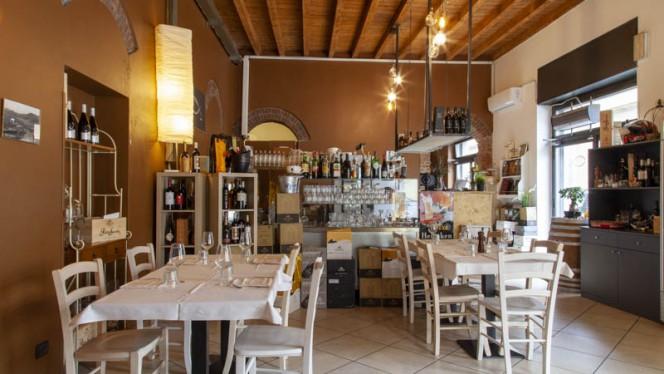 Vista sala - Osteria Siciliana Monza, Monza