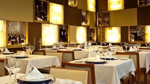Vista del salón - Café Varela - Hotel Preciados, Madrid