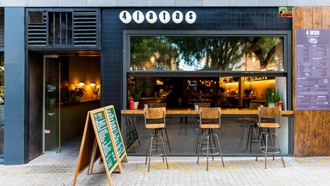 Fachada - 4 Latas Fleming, Barcelona