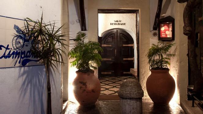 Entrada - Timpanas, Lisboa