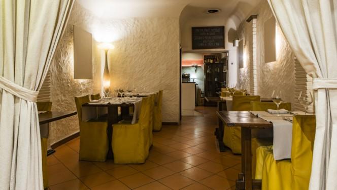 Interno - Cantina Barbagianni, Firenze