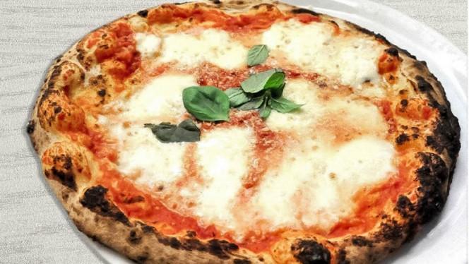 Pizza - Acqua Farina e..., Rome