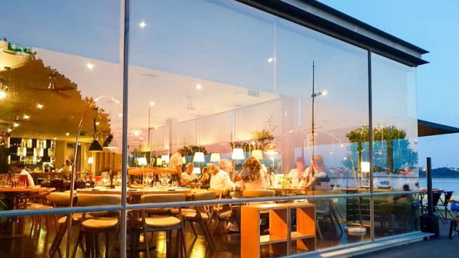 Fachada - Fuga Restaurante & Bar, Porto