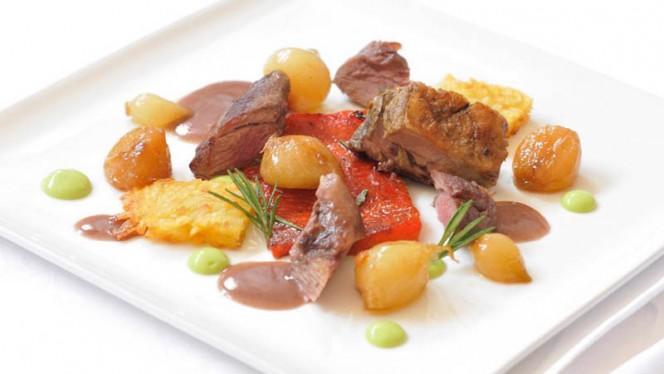 Agnello al forno con cipollotti - Monte Rosa, Chiavari