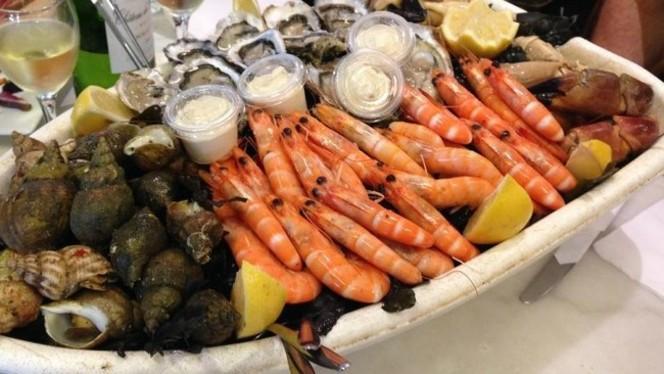 """Restaurant - Bistrot à huîtres: """"Chez Jean-Mi"""", Bordeaux"""
