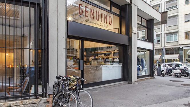 Esterno - Genuino, Milan