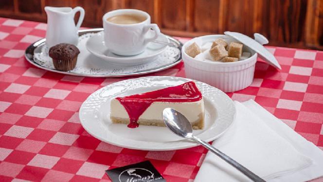 Dessert - Mozart, More than just ribs, Brussels