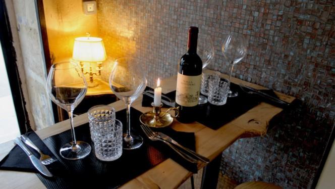 Table haute - Coco Love, Paris