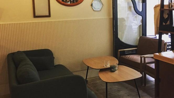 Salle du restaurant - Crêperie Le Milan et le Rossignol, Nantes