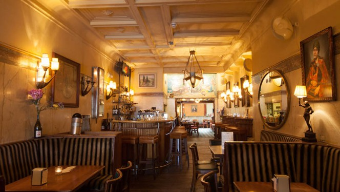 restaurant - Café Schiller, Amsterdam