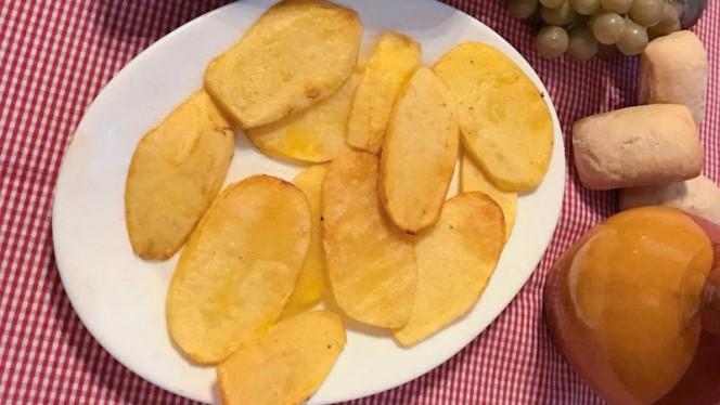 Patatas chulas - Bodega Restaurante Narciso, Colmenar De Oreja