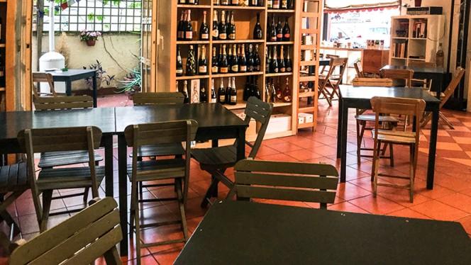 particolare sala - Il Vino del '99, Rome
