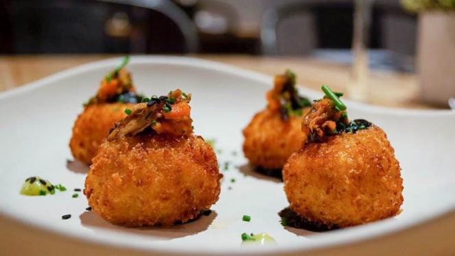 Causas crujientes de guiso de pollo - Tendetes Gourmet, Valencia