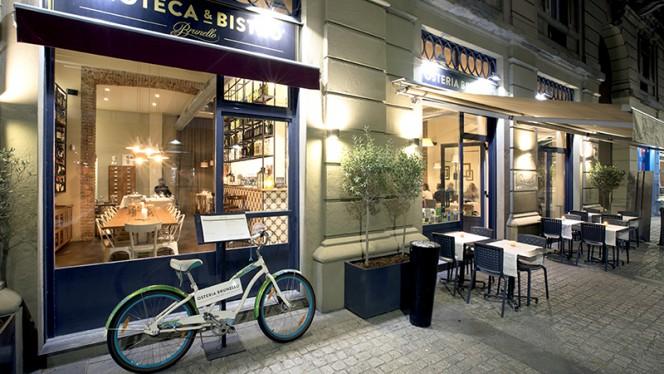 Vista sala - Osteria Brunello, Milan