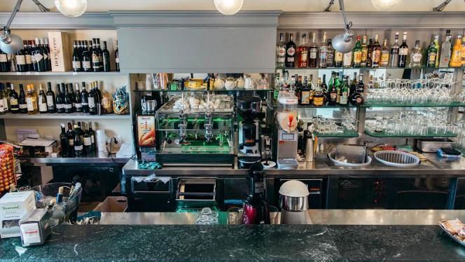 vista bar - Tip Trattoria in Piazza, Bevagna