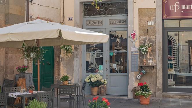 Vista della terrazza - Baccanale Bistrot Wine Bar, Lucca