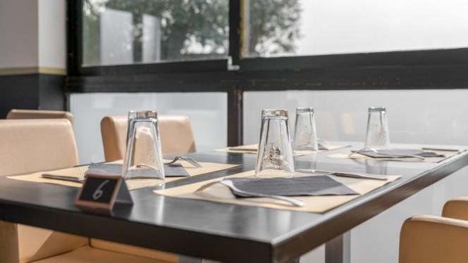 Détail de la table - Le Square Café,