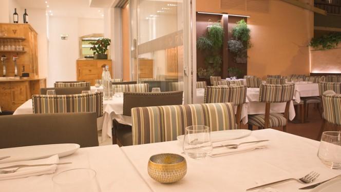 Sala - Descobre restaurante merceria | garrafeira, Lisboa