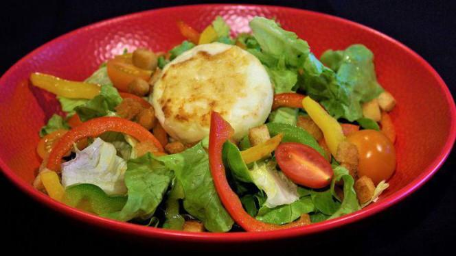 Salade au chèvre chaud de Cartigny - L'Auberge signée EHG, Chambésy