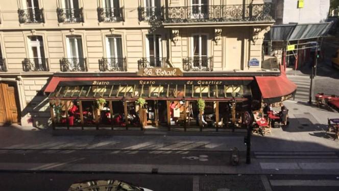apreçu de l'extérieur - Le Corail, Paris