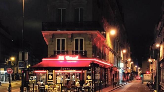 devanture nuit - Le Corail, Paris