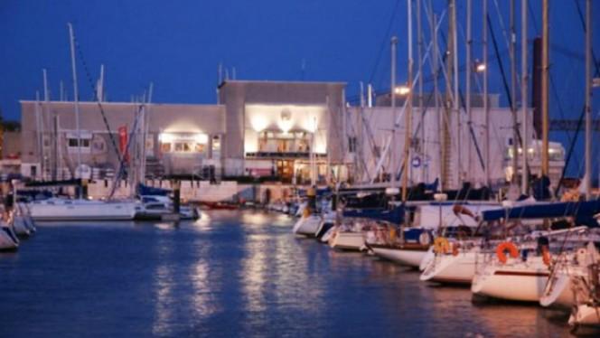 vista - Restaurante Associação Naval de Lisboa, Lisboa