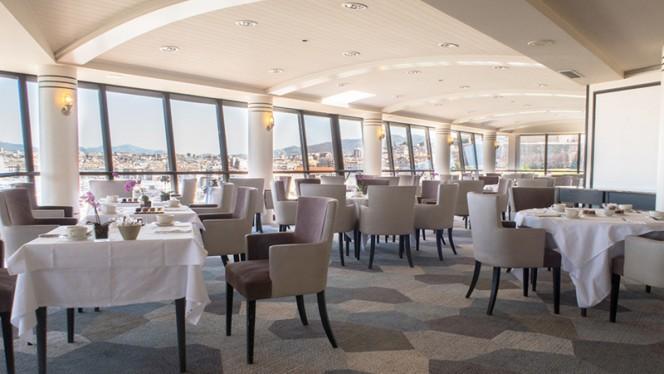 Salle du restaurant - Les Trois Forts - Sofitel Vieux Port, Marseille