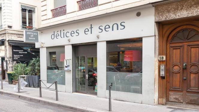 apreçu de l'extérieur - Délices et Sens, Lyon
