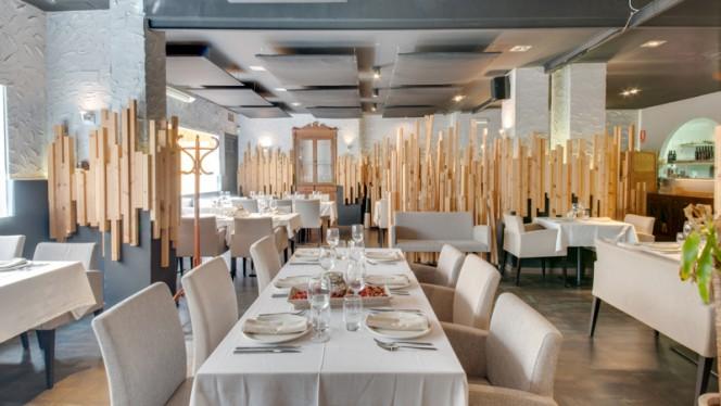 Vista Sala - Tributo Brasas Bar, Valencia