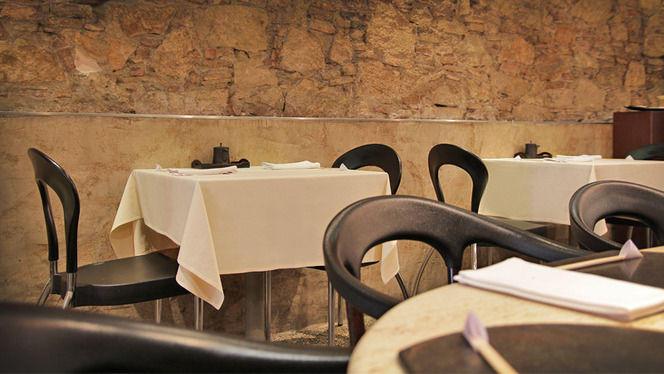 detalle mesas - Ramen Dining Yú, Barcelona