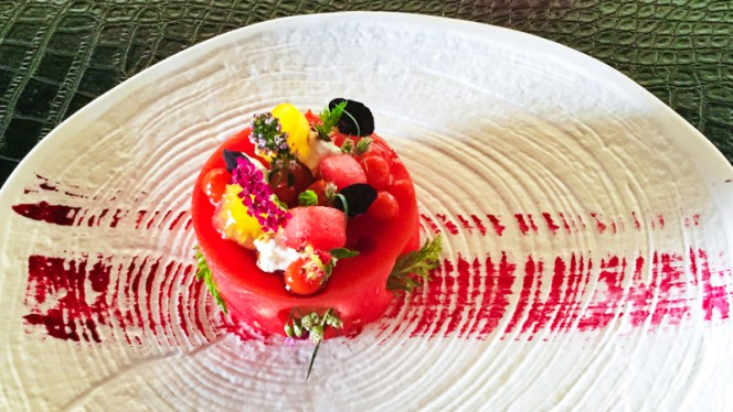taartje van watermeloen - Het Bosch Waterfront Kitchen, Amsterdam