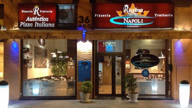 Entrada - Regina di Napoli, Valencia