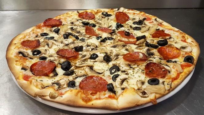 Pizza - Pizzaria Pepperoni Matosinhos, Matosinhos