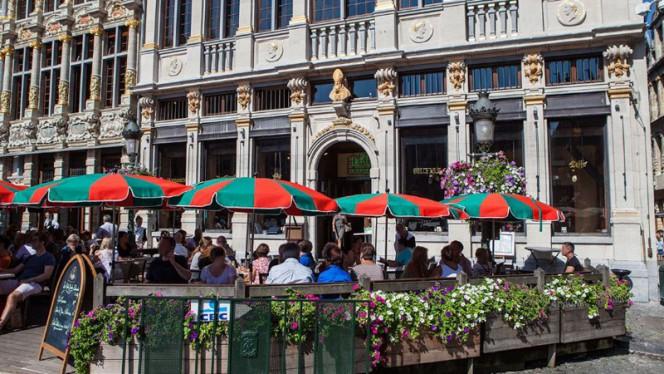 La terrasse - Le Roy d'Espagne, Brussels