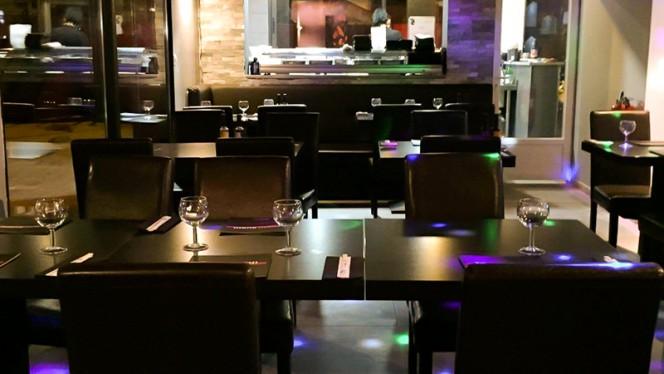 Salle du restaurant - Le Cosmopolite, Les Pennes-Mirabeau