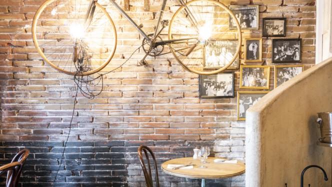 Vue de la salle - Café Maurice, Toulouse
