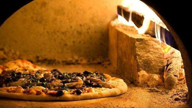 forno a legna.JPG - Pizzeria Lo Stregone, Brugherio