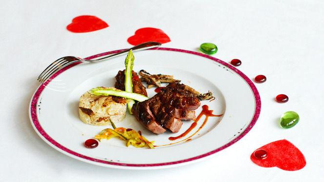 Plat de viande asperges et gratin - Le Faubourg, Toulouse
