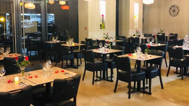 Salle du restaurant - Bistrosia, Martigues