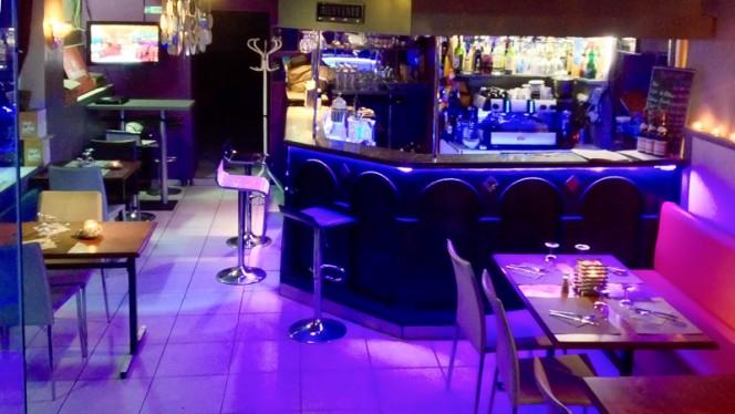 le bar - IBIZA Café Restaurant, Lyon