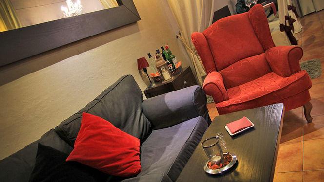 detalle sofá y sillón - La Bohème, Barcelona