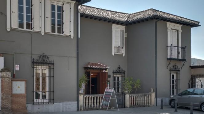 Fachada - La Casona 1897, Granada
