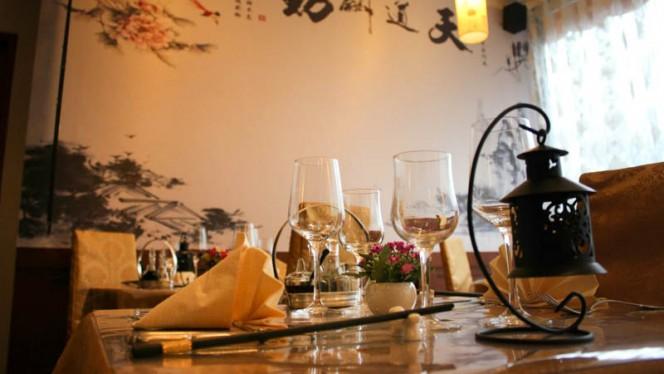 table dressée - Hong Moon, Versoix